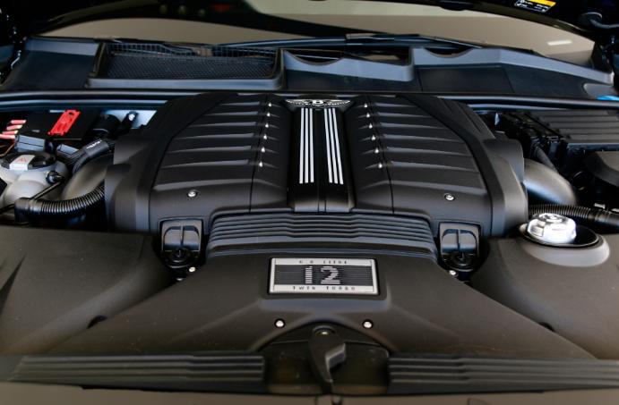 2021 Bentley Brooklands Engine