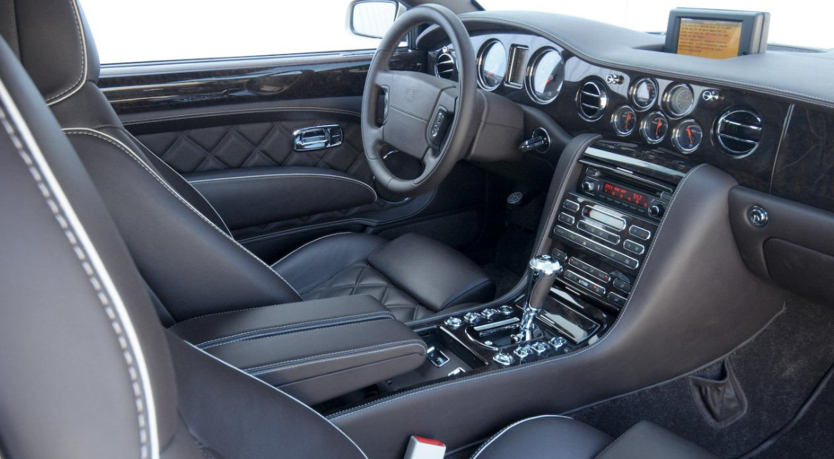 2021 Bentley Brooklands Interior
