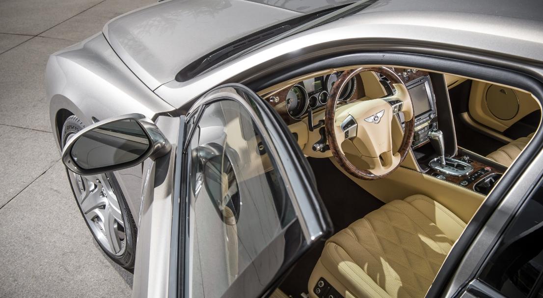 2022 Bentley Flying Spur Interior