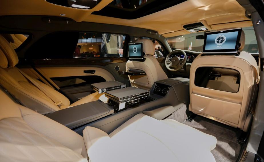 2022 Bentley Mulsanne Interior