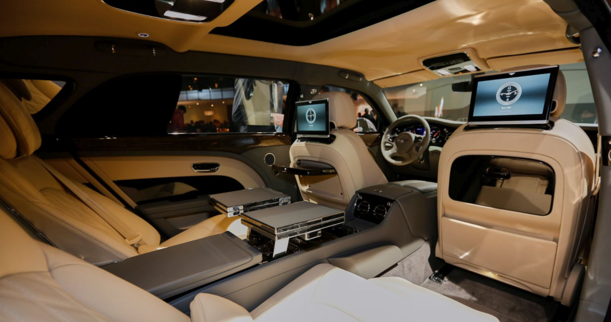 20221 Bentley Mulsanne Interior