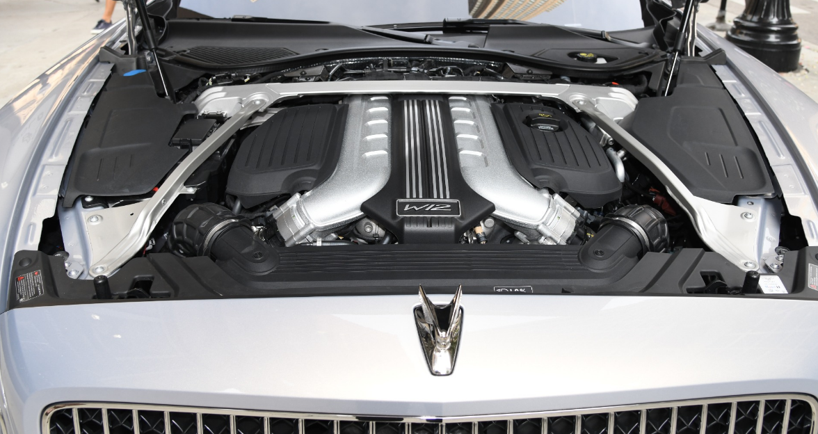 2023 Bentley Flying Spur Engine